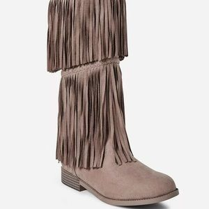 NWT Justice Girls Fringe Boots size 4